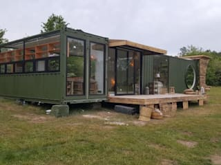 MOVI SHIPPING CONTAINER HOUSES by MOVİ evleri Minimalist