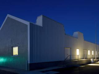 Rumah oleh QUADRANTE Arquitectura