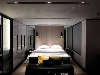 Edificação: 2 prédios para habitação e estabelecimento comercial Quartos modernos por Screenproject Consulting Engineers, Lda Moderno