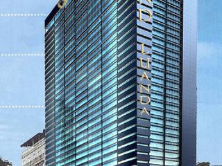 Edificação: Hotel de 5 Estrelas com 242 quartos Hotéis modernos por Screenproject Consulting Engineers, Lda Moderno