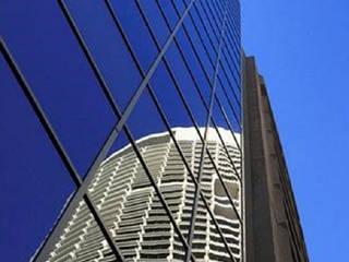 Edificação: Boutique hotel com 52 quartos Hotéis modernos por Screenproject Consulting Engineers, Lda Moderno
