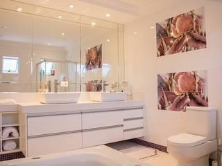 Casa de banho: Escritórios  por Screenproject Consulting Engineers, Lda