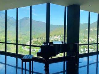 Casa San Michelle: Estudios y oficinas de estilo  por Sondero29,