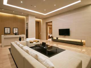 Master Living-room 모던스타일 거실 by 피투엔디자인 _____ p to n design 모던