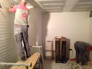 Reforma completa de un piso de Badajoz por construccions Pedro Flecha.:  de estilo industrial de Construcciones Pedro Flecha , Industrial