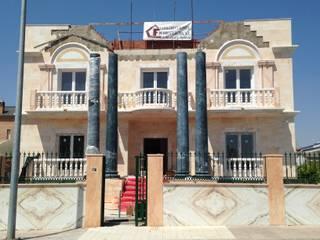 Reconstrucción y rehabilitación de un chalet en Badajoz Casas de estilo clásico de Construcciones Pedro Flecha Clásico