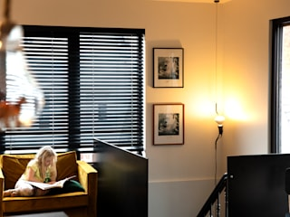 Salon de style  par VIVA Architecture