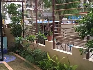 Baghorama Landscape Architects Pondok taman Granit Yellow