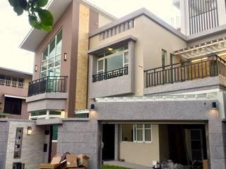 建築外觀設計:  別墅 by 麥斯迪設計