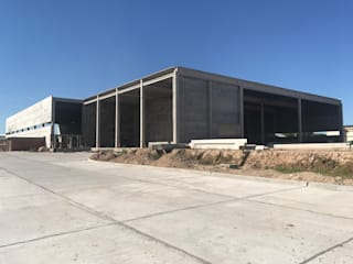 Planta Industrial en Pilar Casas industriales de Arq. Fernando Rodriguez & Asociados Industrial