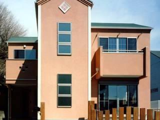 プロバンスの良さを活かした飽きの来ないデザイン住宅 オリジナルな 家 の 滝沢設計合同会社 オリジナル
