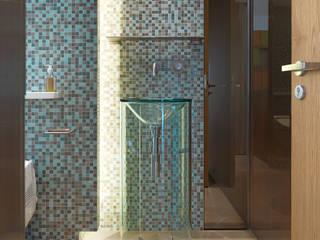 Moderne Badezimmer von 何侯設計 Ho + Hou Studio Architects Modern