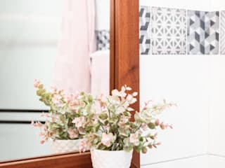 Bathroom by Pampeliska,
