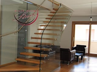 Escaleras de estilo  de Grand Design Stairs, Moderno