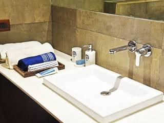 August Villa Mediterranean style bathroom by Fabindia Mediterranean