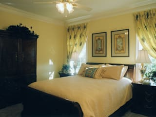 Interior Designer in Indirapuram Classic style bedroom by Interior Designer in Indirapuram Classic