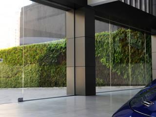 Vertical Garden - Jardim Vertical e Paisagismo Corporativo JardinesPlantas y flores