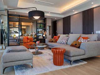 株式会社Juju INTERIOR DESIGNS Living room Wood Orange