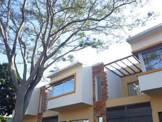 DUPLEX Paredes y pisos modernos de Estratego srl Moderno