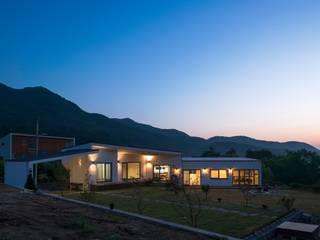 根據 (주)건축사사무소 더함 / ThEPLus Architects 現代風
