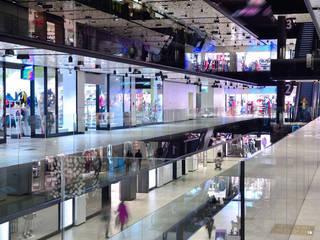 Proyectos de Construcción Comercial Centros comerciales de estilo moderno de GRUPO FHV Moderno