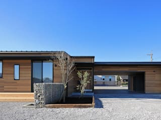 Eclectic style houses by ㈱ライフ建築設計事務所 Eclectic