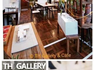 TH Gallery & Cafe:  บ้านสำหรับครอบครัว by THstudio Architects