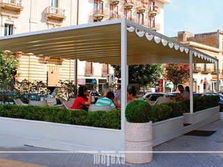 METEXA SAS Moderne Bars & Clubs Metall