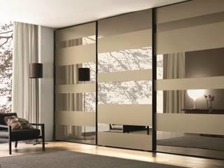 modern  oleh KM Furniture Solutions Pvt Ltd, Modern