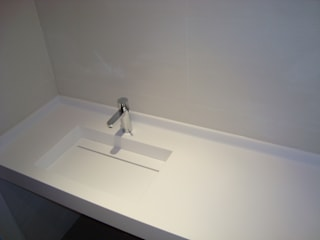 INNOBANYS solid surface Modern bathroom White
