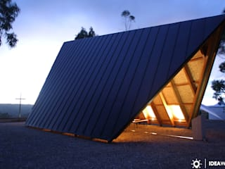 Capela Nossa Senhora de Fátima Casas minimalistas por Ideawood - Casas de Madeira Minimalista