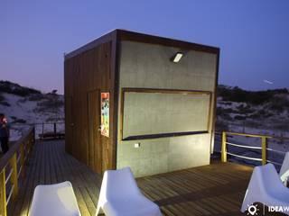 Bar em madeira: Casas  por Ideawood - Casas de Madeira