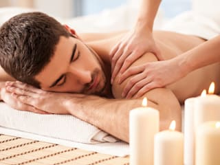 Female Body Massage in Goa:  Offices & stores by Emmy Massage Center