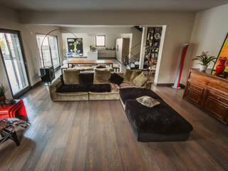 Modern living room by Studio Prospettiva Modern