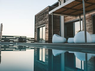 Pool by Studio Prospettiva
