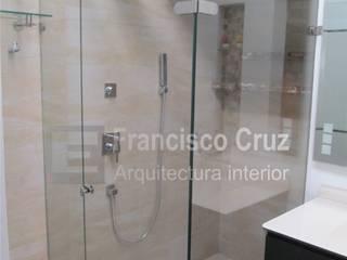Francisco Cruz Arquitectura Interior Baños modernos Vidrio Blanco