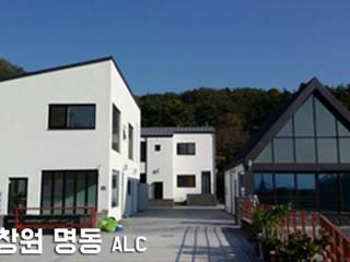 Oleh 주식회사 미트하임 Modern