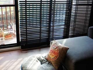 竹北個性宅 根據 緋木設計有限公司 dark red design 隨意取材風