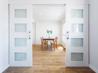 La casa de Mar. Reforma interior Arela Arquitectura Estudios y despachos de estilo minimalista