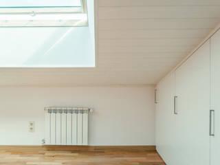 Piso Rodiño. Reforma integral Arela Arquitectura Dormitorios pequeños