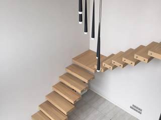лестница консольная:  в . Автор – UPSTAIRS