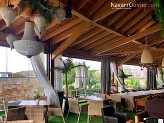 NavarrOlivier Balcon, Veranda & Terrasse modernes Bois Effet bois
