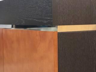 Decordesign Interiores ComedorVitrinas y cajoneras Acabado en madera
