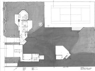 Modern houses by Douglas Piccolo Arquitetura e Planejamento Visual LTDA. Modern