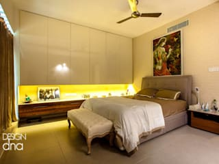 Master Bed Room:  Bedroom by Design DNA Hyderabad