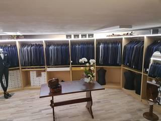 Negozio abbigliamento Negozi & Locali commerciali moderni di FBC srl.s Moderno