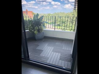 Outdoor Floors Toronto Balkon