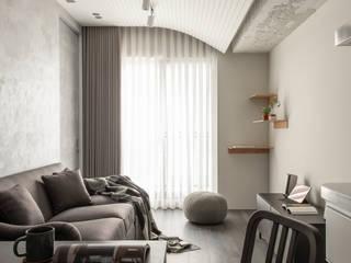 Livings de estilo ecléctico de 湜湜空間設計 Ecléctico