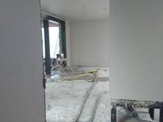 Villa Sanierung ,Umbau,Putzarbeiten Exellentworkers Klassische Arbeitszimmer
