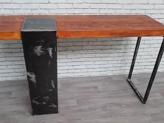Console bois et métal au style industriel par LA&KA Design' Industriel